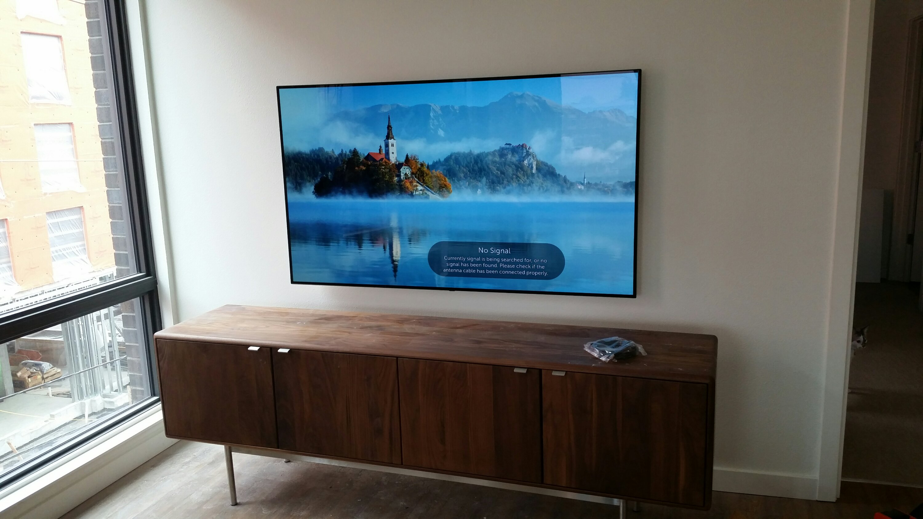 TV Wall Mount with Cords Hidden in Wall Services - Hedgehog Home ...